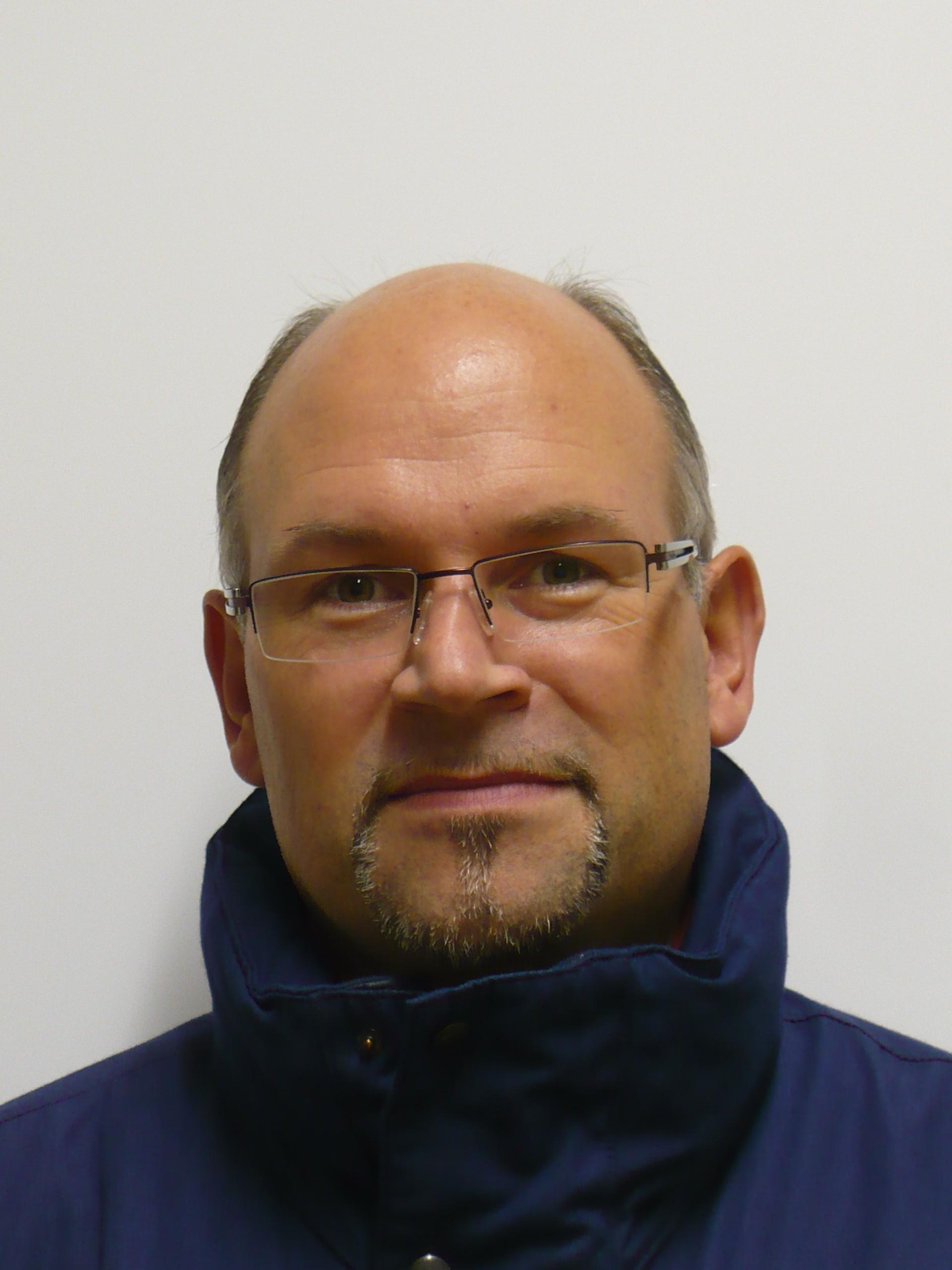 Thw ov lemgo stabsmitglieder for Arne herrmann
